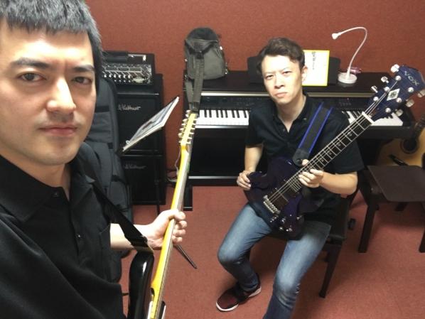 タキツバ、ギターを始めました。の画像